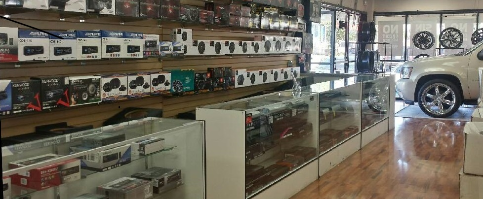 Car Video Products in Montclair